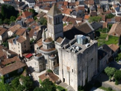 donjon de Gouzon-2-test